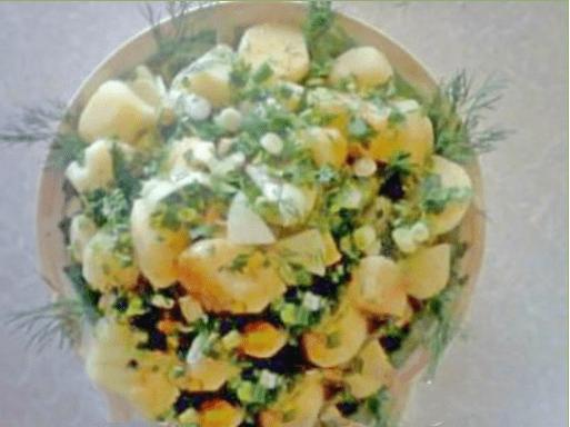 Салат из картофеля с зеленью