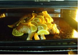 Курица с розмарином, чесноком и апельсинами