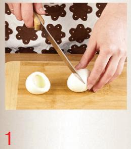 Яйца, фаршированные скумбрией в масле